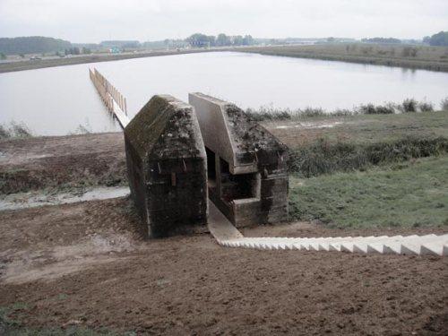 bunker599_1
