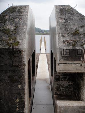 bunker599_2