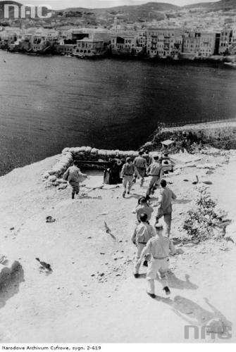 artillery_at_syros_1944